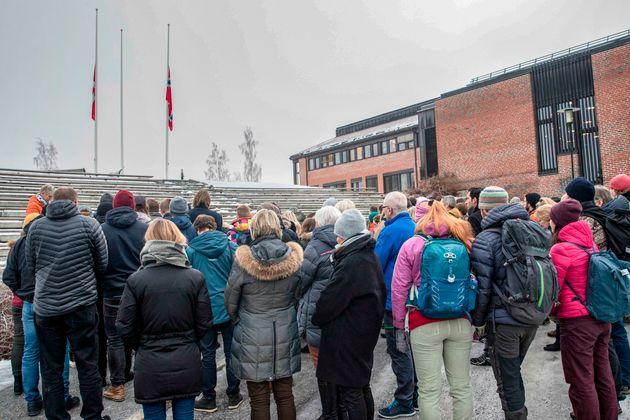 Terrorisme: En Norvège, deux minutes de silence pour Maren et Louisa, assassinées au