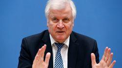 """""""Wie ein 108-Jähriger"""": Seehofer erntet Kritik nach bizarrer Pressekonferenz zum"""