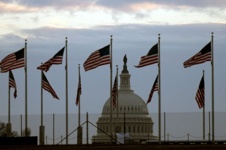 Americans Increasingly See The Government Shutdown As Serious