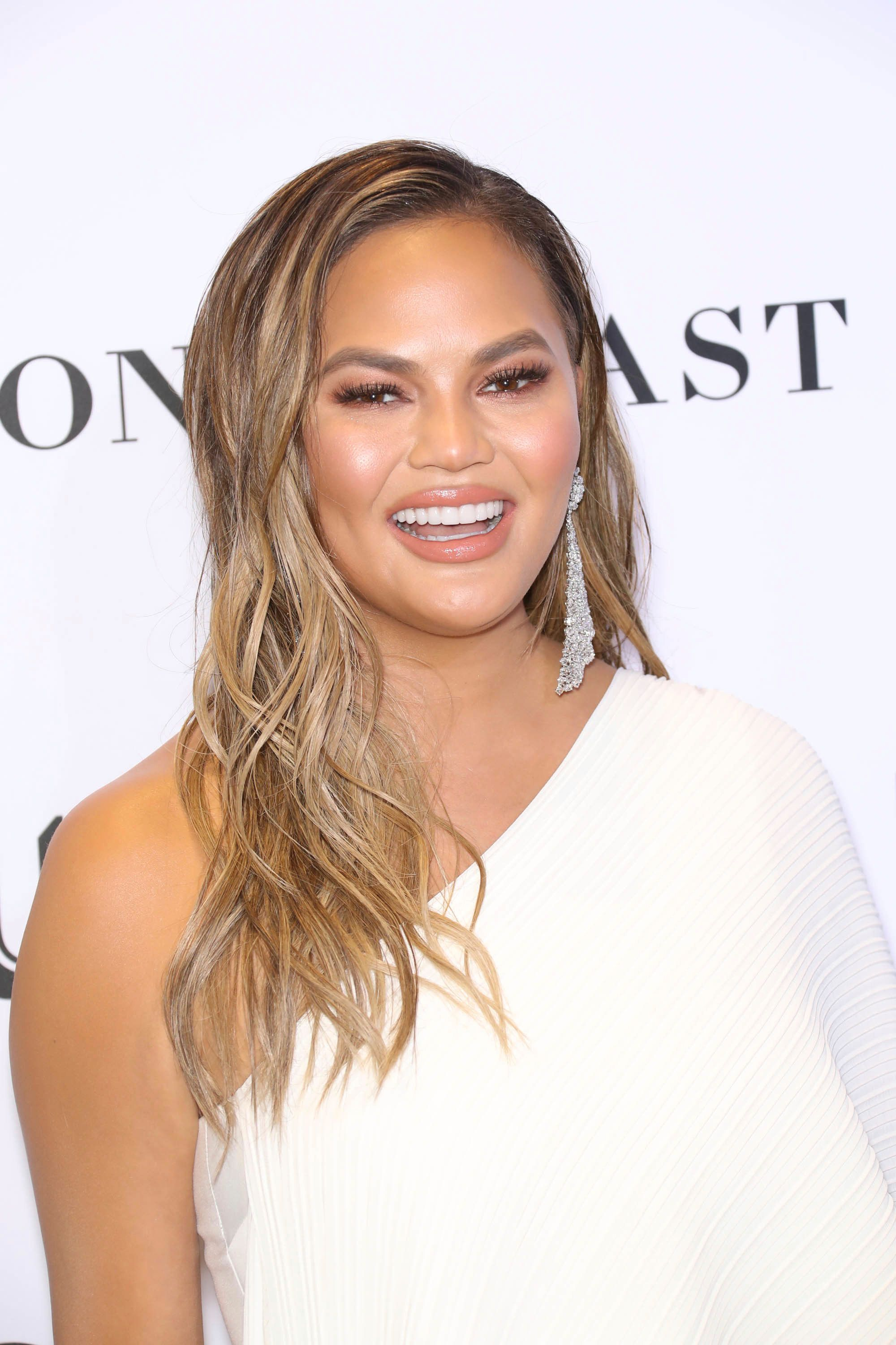 Photo by: John Nacion/STAR MAX/IPx 2018 11/12/18 Chrissy Teigen at the 2018 Glamour Women Of the Year Awards: Women Rise at Spring Studios in New York City.