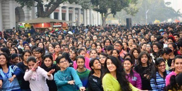 Raahgiri: Citizens Reclaim Delhi's Sidewalks With Early Morning Street