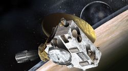 NASA Craft Wakes Up To Explore