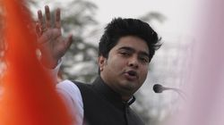 Man Slaps Mamata Banerjee's Nephew Abhishek At Public Meeting In