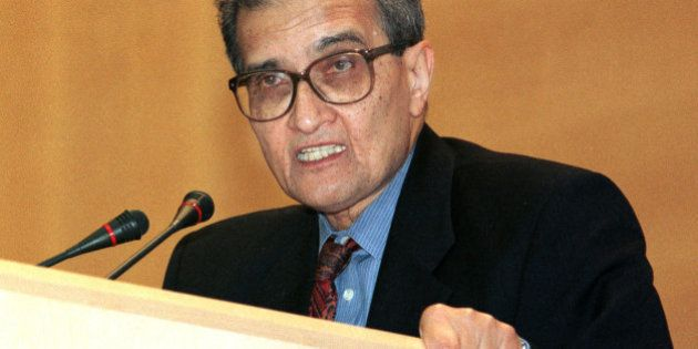 Nobel Laureate for Economics 1998, Indian Professor Amartya Sen addresses the 52nd World Health Assembly...