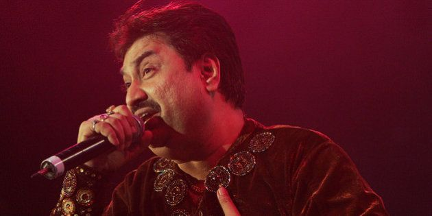 Kumar Sanu performs at the Bollywood Music Awards in Atlantic City, N.J. on Saturday, Nov. 4, 2006. (AP...