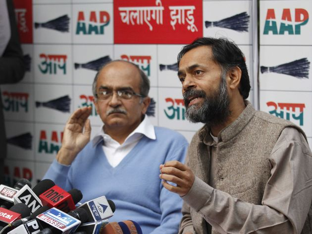 Aam Aadmi Party Issues Damning Statement Against Prashant Bhushan, Yogendra