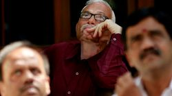 Sensex Crashes As Foreign Investors Flee To