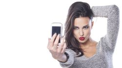 Women Selfies Are Clicked More Often From The