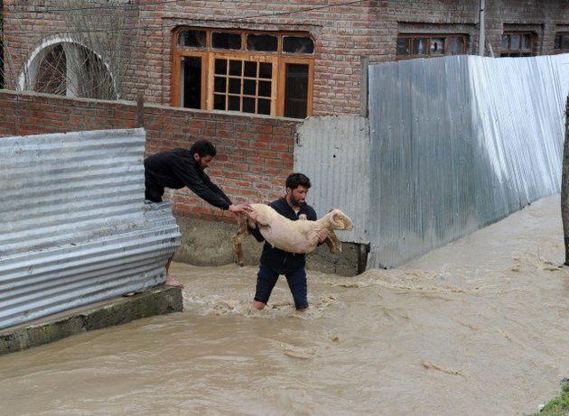 Kashmir Floods In Photos: Wreckage, Grief Rages In The
