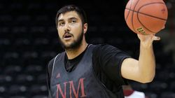 Sim Bhullar Set To Become First Indian-Origin NBA Player For The Sacramento