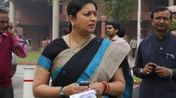 Smriti Irani Spots Hidden Camera In 'Fab India' Changing Room In