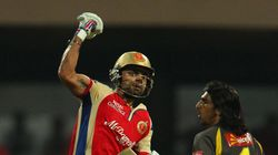 Sunrisers Check Royal Challengers Efforts In