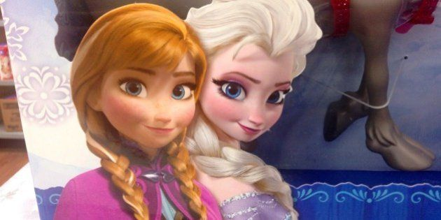 Disney Frozen Dolls Walmart Exclusive Gift Pack. 8/2014 By Mike Mozart of TheToyChannel and JeepersMedia...