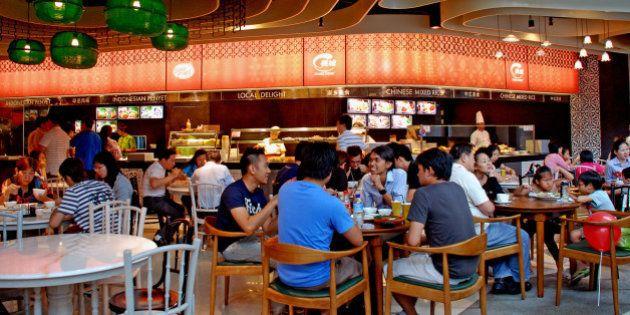The food court at Rasapura Masters, The Shoppes. Marina Bay