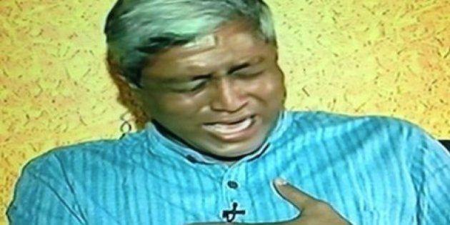Aam Aadmi Party Spokesperson Ashutosh Breaks Down On Live