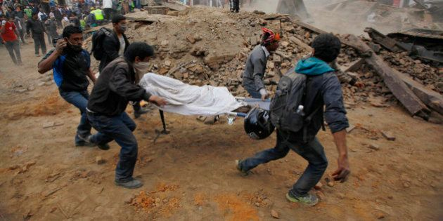 Nepal Earthquake: Rescuers Dig With Bare Hands For Survivors As Toll Rises To