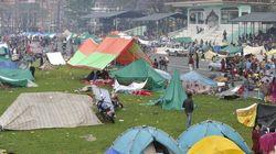 Desperate Nepalese Sleep In Open As Aftershocks Spread