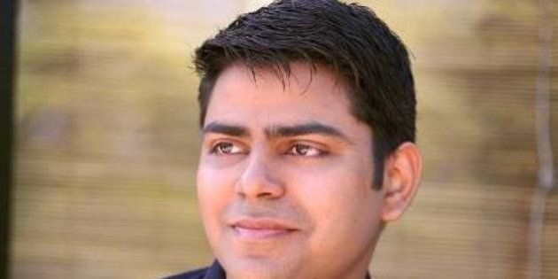 Rahul Yadav Throws Giving Challenge To Zomato Founder; Gets Compared With
