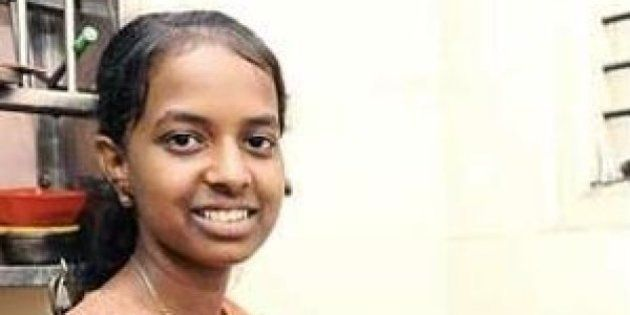 This 17-Year-Old Girl Works 9 Jobs, Supports Brother With Cancer, And Scored 85 Percent In