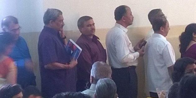 Photos Of Defence Minister Manohar Parrikar Standing In A Queue At A Marriage Goes Viral On