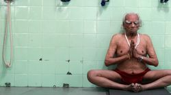The Final Photoshoot: Yoga Guru BKS Iyengar Performing Yoga At The Age Of