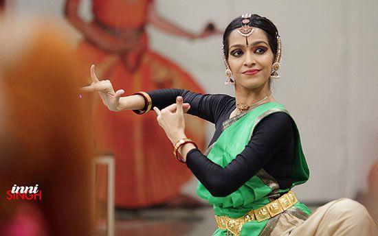 Designs On Dance: The Evolving Costumes Of Bharatanatyam