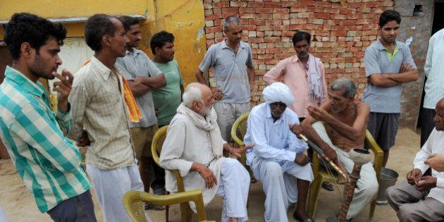 TO GO WITH STORY 'INDIA-MONSOON-ECONOMY-FARM-DROUGHT' by Rupam Jain NairIndian farmer Rameshwar Dayal...