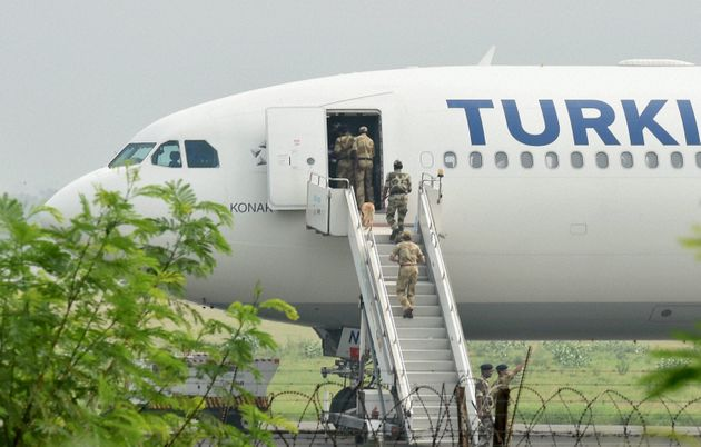 Grounded Turkish Airlines Plane Finally Leaves For Istanbul From Delhi After Bomb