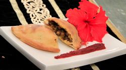 Make This Pindi Chhole Calzone In An Hour