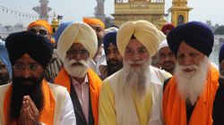 Sikhs In New York Hurl Shoe And Stones At Punjab Cabinet