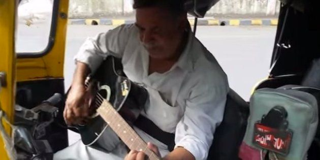 WATCH: Mumbai Auto Driver Plays The 'Sholay' Theme On Passenger's
