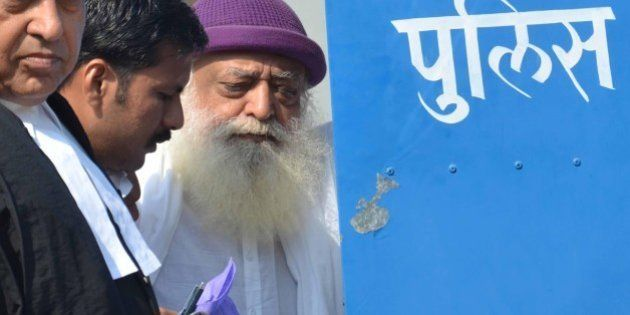 JODHPUR, INDIA - OCTOBER 25: Religious preacher Asaram Bapu with his lawyers while he was produced at...