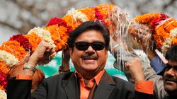 Shatrughan Sinha Upsets BJP Again, Praises AAP Government In