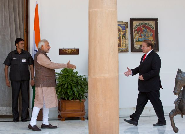 Pakistan's Talks With Separatists A Dealbreaker Says India, But Wants NSA Meet To