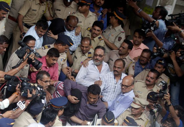 Peter And Indrani Mukerjea Finally Questioned Together In Police