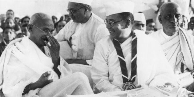 Members of the Indian National Congress (foreground left to right) Mahatma Gandhi (Mohandas Karamchand...