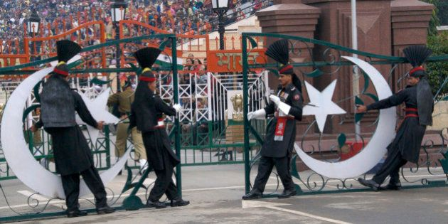 Wagah, border-closing ceremony at Pakistan-India border near Lahore, Punjab,