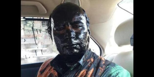 Sudheendra Kulkarni Ink Attack: Shiv Sena Slammed For Blackening The Face Of
