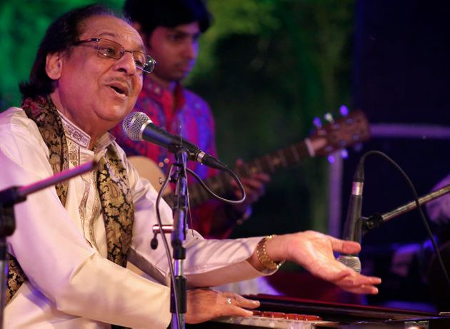 Pakistani Ghazal Maestro Ghulam Ali Cancels All His Shows In