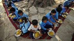 Students Eat Food Prepared By A Dalit Cook For The First Time In This Karnataka Village