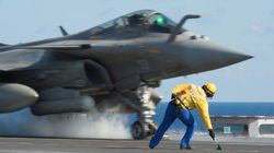 US Airstrikes Kill 350 ISIS Fighters In Iraq's