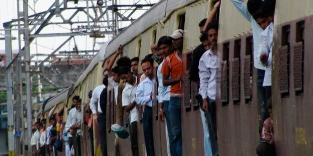 Hundreds Of Mumbai Local Commuters Have Died Of Suffocation In The Past