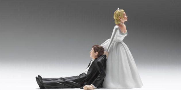 Wedding figurines relationship