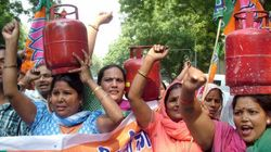 Earn More Than Rs 10 Lakh Per Annum? You Won't Get Subsidised LPG From Next