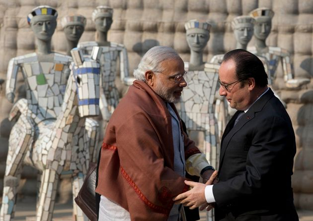 French President Francois Hollande Pushes For Fighter Deal In