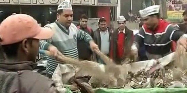 MCD Workers On Strike, Delhi Ministers Pick Up The Broom To Clear