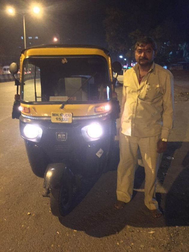 Movie On The Go? 700 Auto Rickshaws In Pune Now Have Tablets