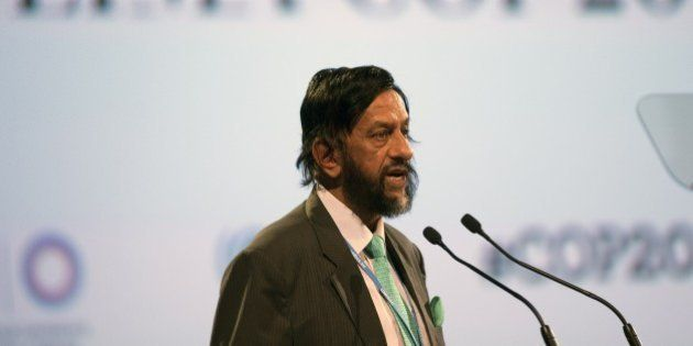 Nobel Peace Prize 2007 Indian Rajendra Pachauri, head of the UN panel of climate scientists, speaks during...