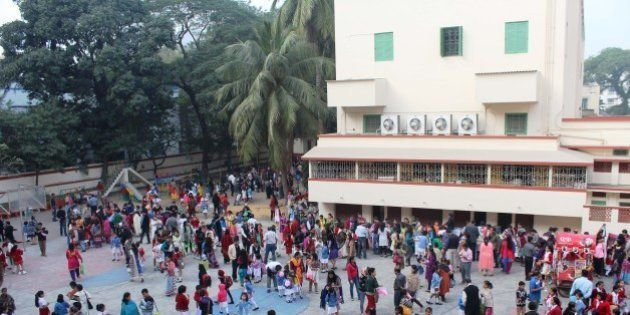 Firing Outside Loreto School In Kolkata Injures