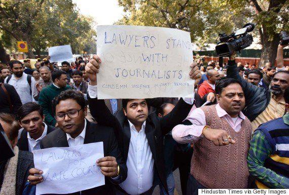 JNU Row: Mob-Leading Lawyer Felicitated, Bar Association Says